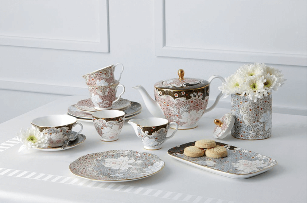 A whimsical, romantic tea set from Wedgwood. Photo House of Fraser