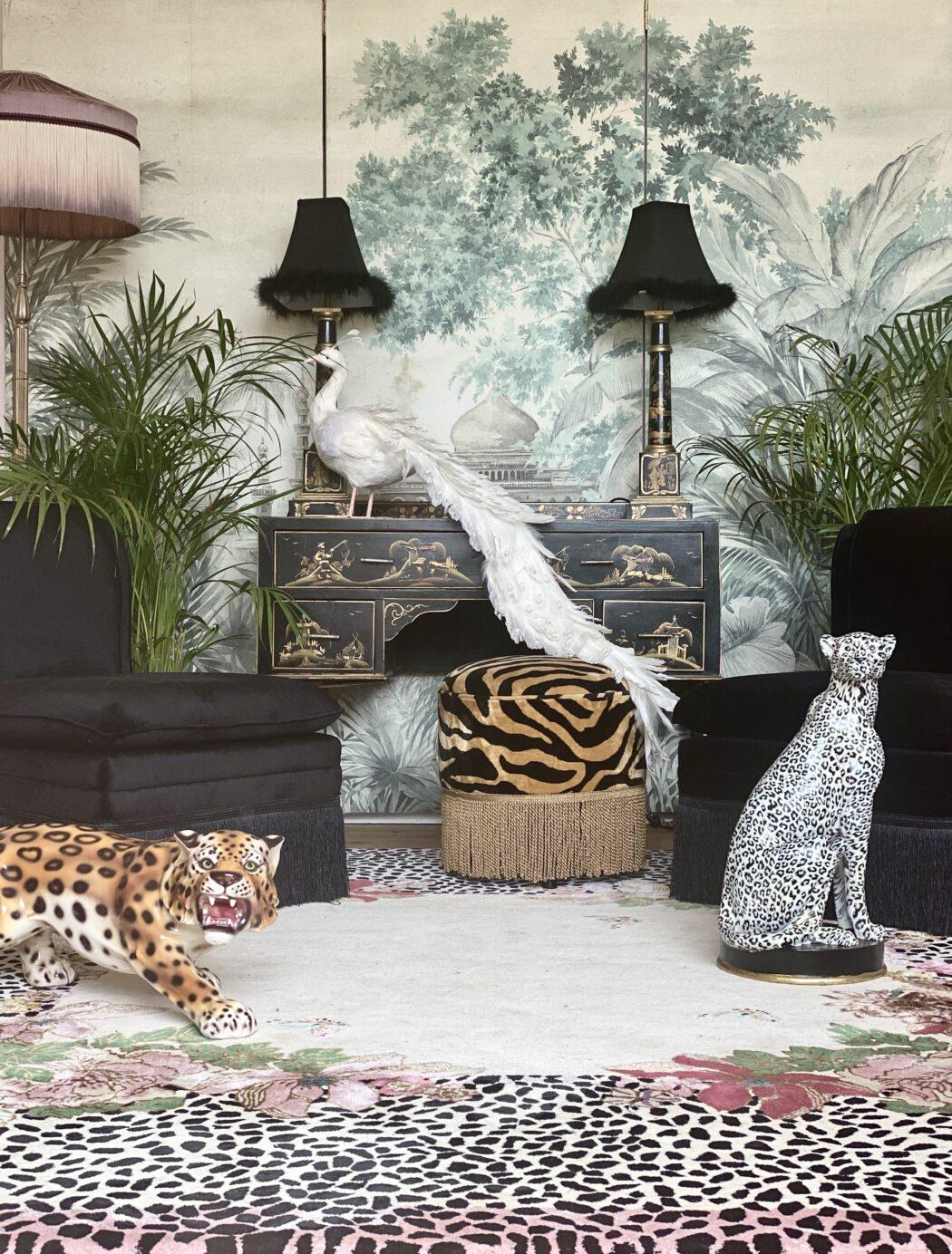 Animal decor rug